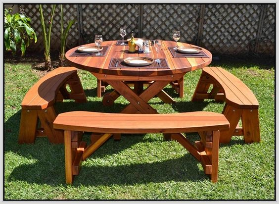 carpentry picnic table